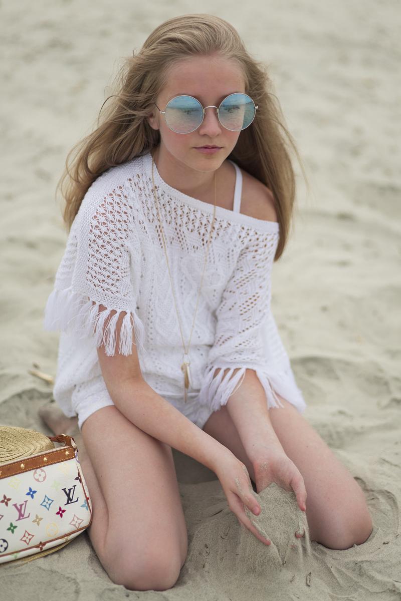 Ferry Corsten Archer Child Tween Girl Model & Fashion Blogger Beach Picture White Style