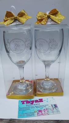 Souvenir Gelas Wine Clear Murah