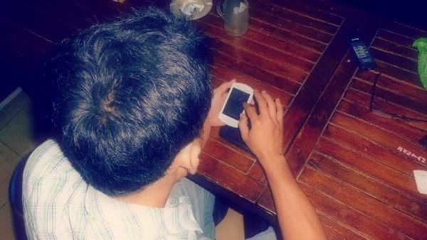 sosial media, sms