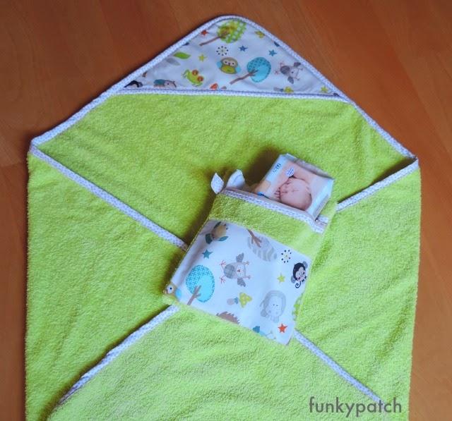 capa de baño y neceser para los pañales a juego handmade por funkypatch