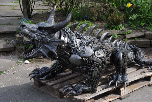 Large-Fantasy-Sculpture-Dragon-Giganten-Aus-Stahl