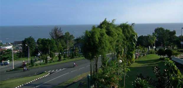 Balikpapan kota Metropolis yang telah lama memikat para profesional asing Wisata Balikpapan - Kota Minyak di Kalimantan