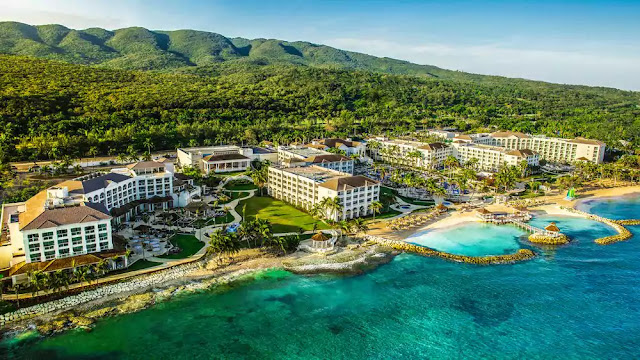 Hyatt Zilara Rose Hall is a romantic, adults-only retreat in Montego Bay, featuring pristine beaches and sparkling swimming pools.
