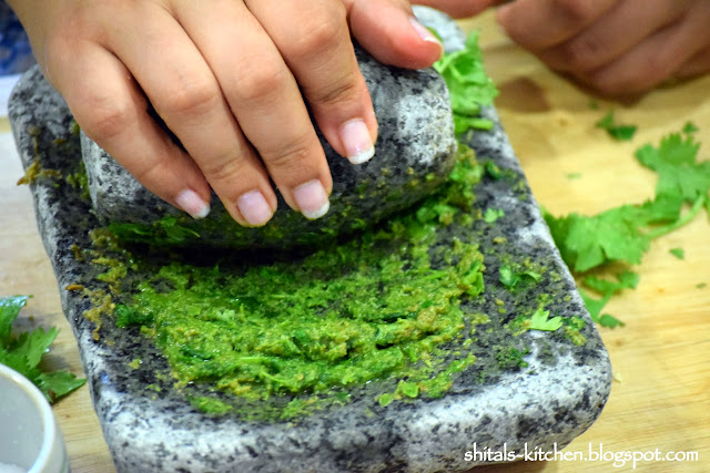 http://shitals-kitchen.blogspot.com/2014/07/amritsari-kulcha-chole.html