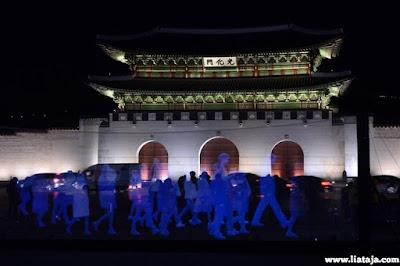 http://www.liataja.com/2016/02/dilarang-demo-beramai-ramai-rakyat-korsel-demo-pemerintah-pakai-hologram.html