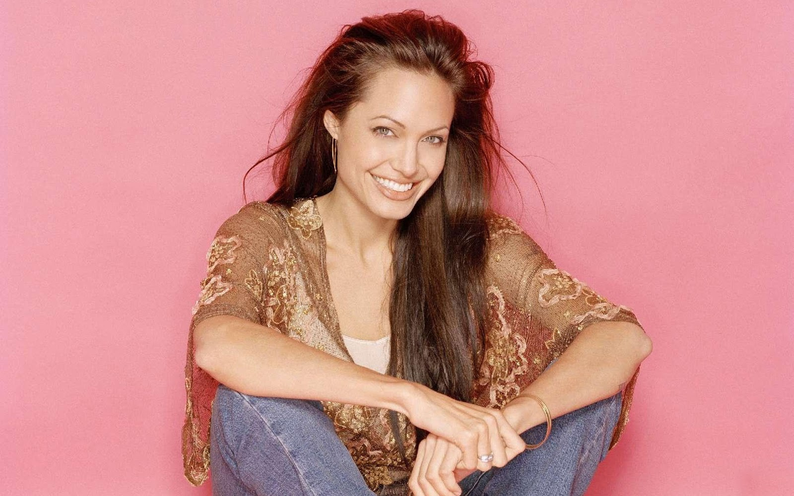 Angelina Jolie Hd Wallpapers: Angelina Jolie