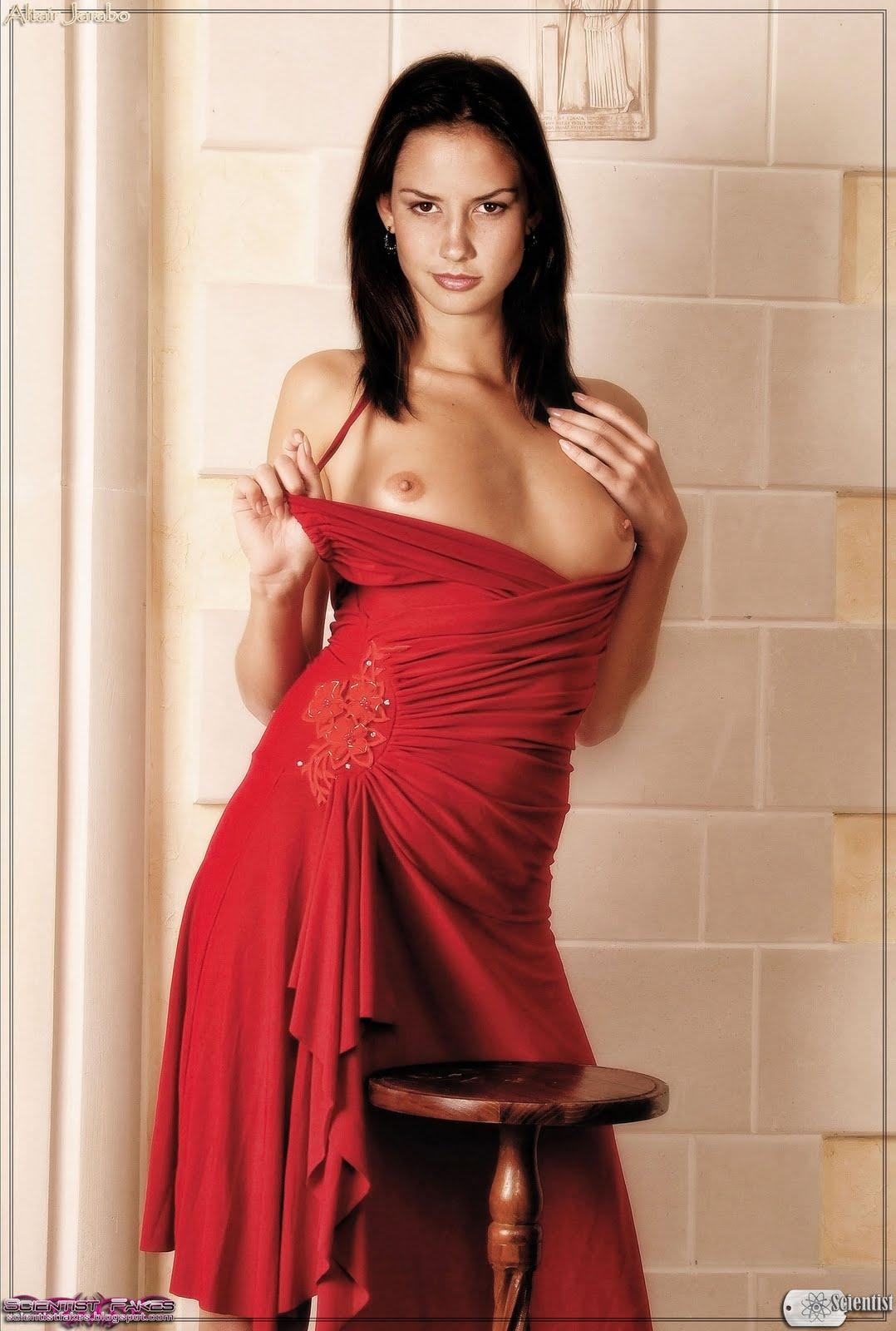 imagenes de alizo lozz desnuda