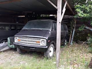 Van Long Dodge RAM 1976