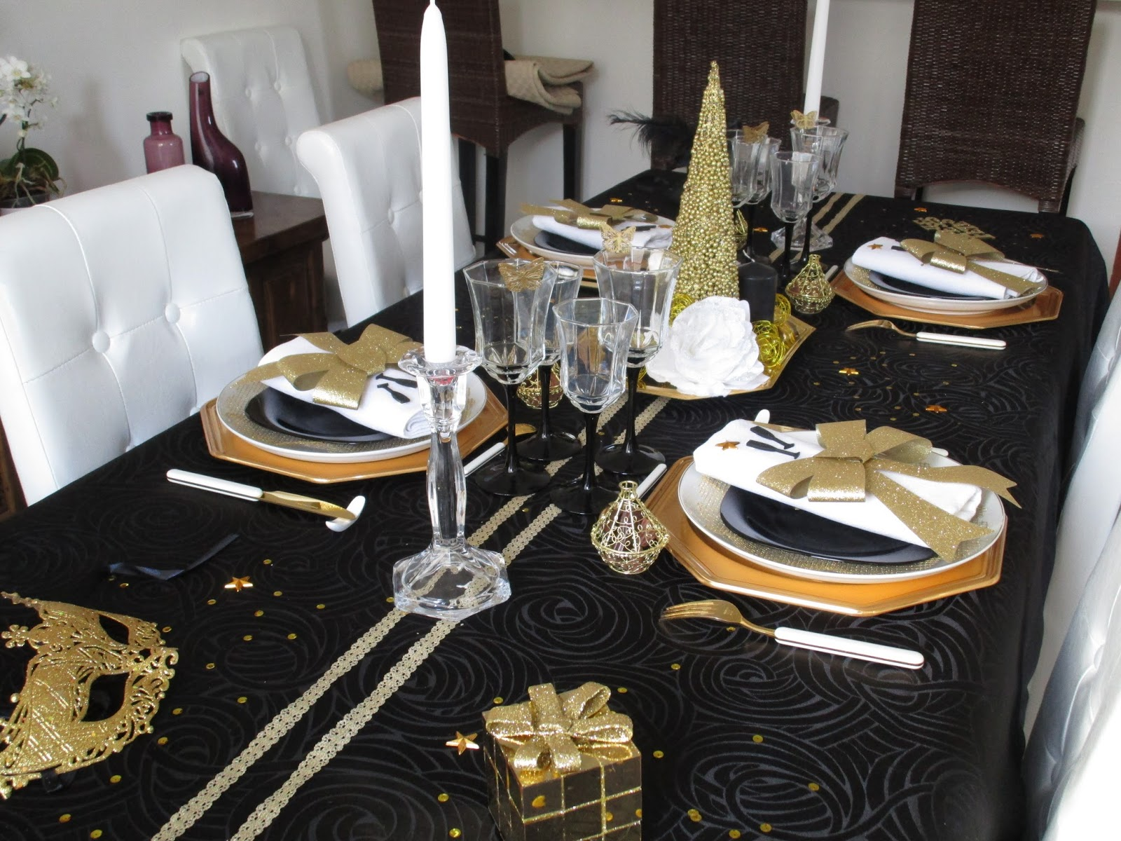 Decoration De Table De Noel Blanc Et Gris