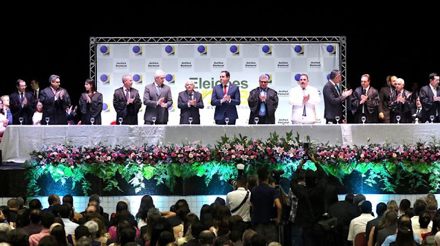 TRE-PE realiza diplomação dos eleitos em 2018