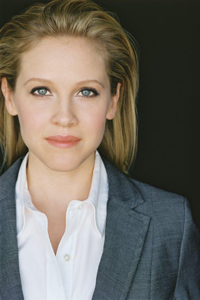 Sarah Domin