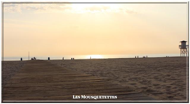 Gamme solaire protectrice SPF 50 KIKO - Plage Gandia Espagne - Les Mousquetettes©