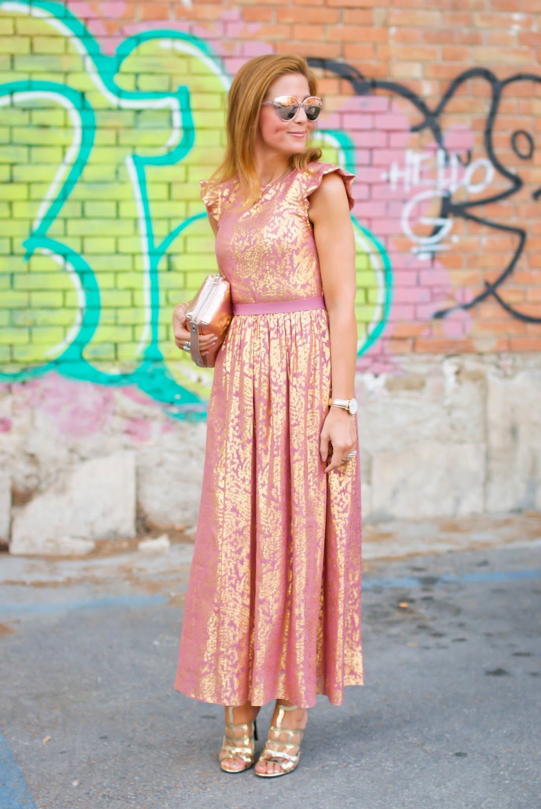 What to wear to a summer wedding: Lazzari maxi dress, Giovanni Fabiani sandals and Malloni clutch on Fashion and Cookies fashion blog, fashion blogger style