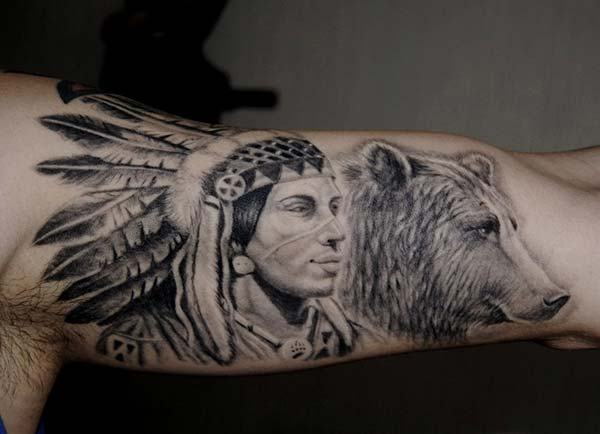 kızılderili ve ayı dövmesi