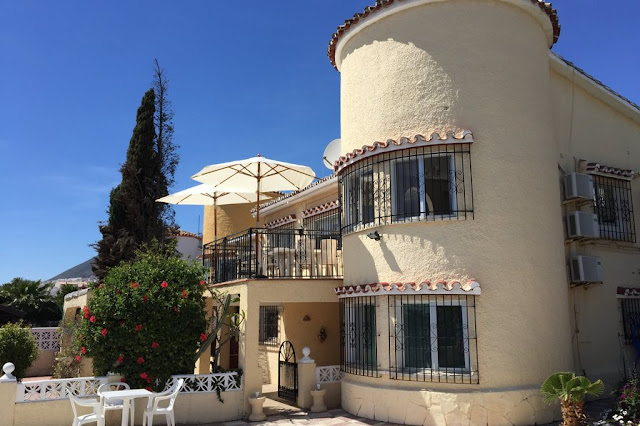 Dream Holiday Spain Villa in Benalmadena with Clickstay.com