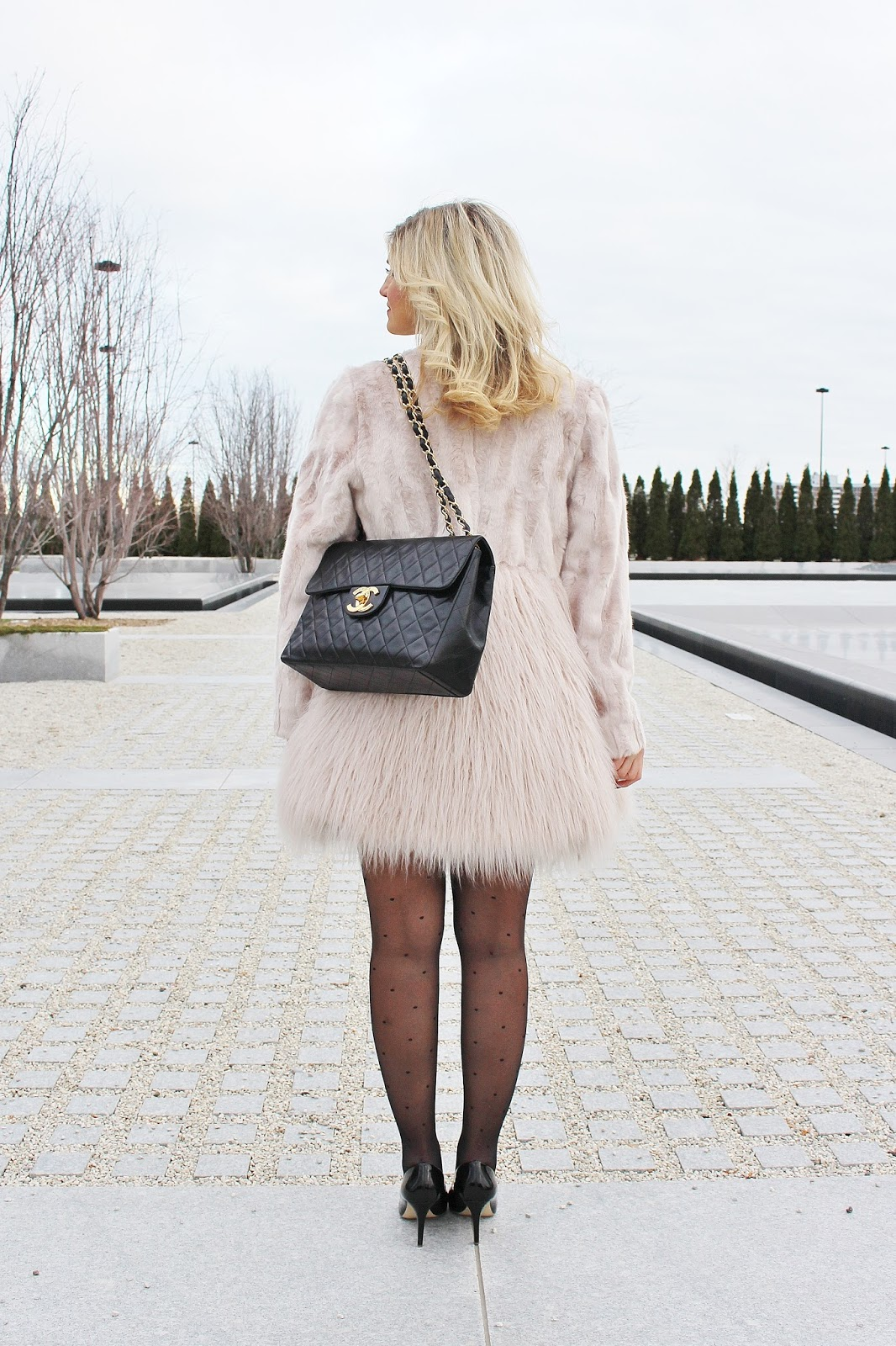 Bijuleni - What to Wear To a Fancy Dinner on Valentine's Day - little black dress, blush faux fur coat, black heels, vintage Jumbo XL Chanel