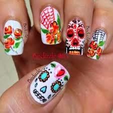 Uñas decoradas estilo catrinas o calaveritas - Mexican nails style