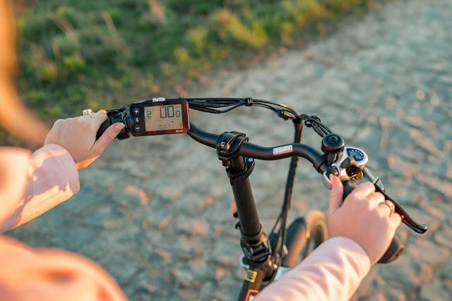 E-Mobilität für Minimalisten – Klapp-E-Bike Scamper S400 XL von Shinga Lacros | Falt-E-Bike | Faltrad | Klapprad | Falt Pedelec | Elektro Faltrad | Elektrisches Fahrrad 6