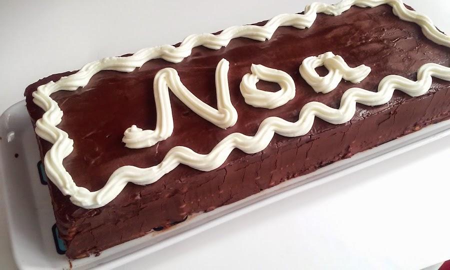 tarta de crema de chocolate y galletas