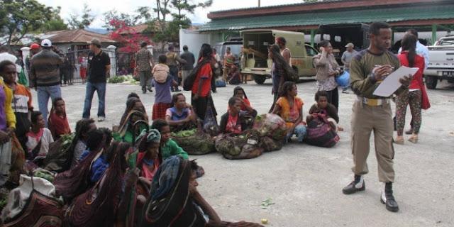 Satpol PP Papua Tangkap Pedagang yang Berjualan di Hari Minggu, Dianggap Tak Hormati Umat Kristen Yang Beribadah