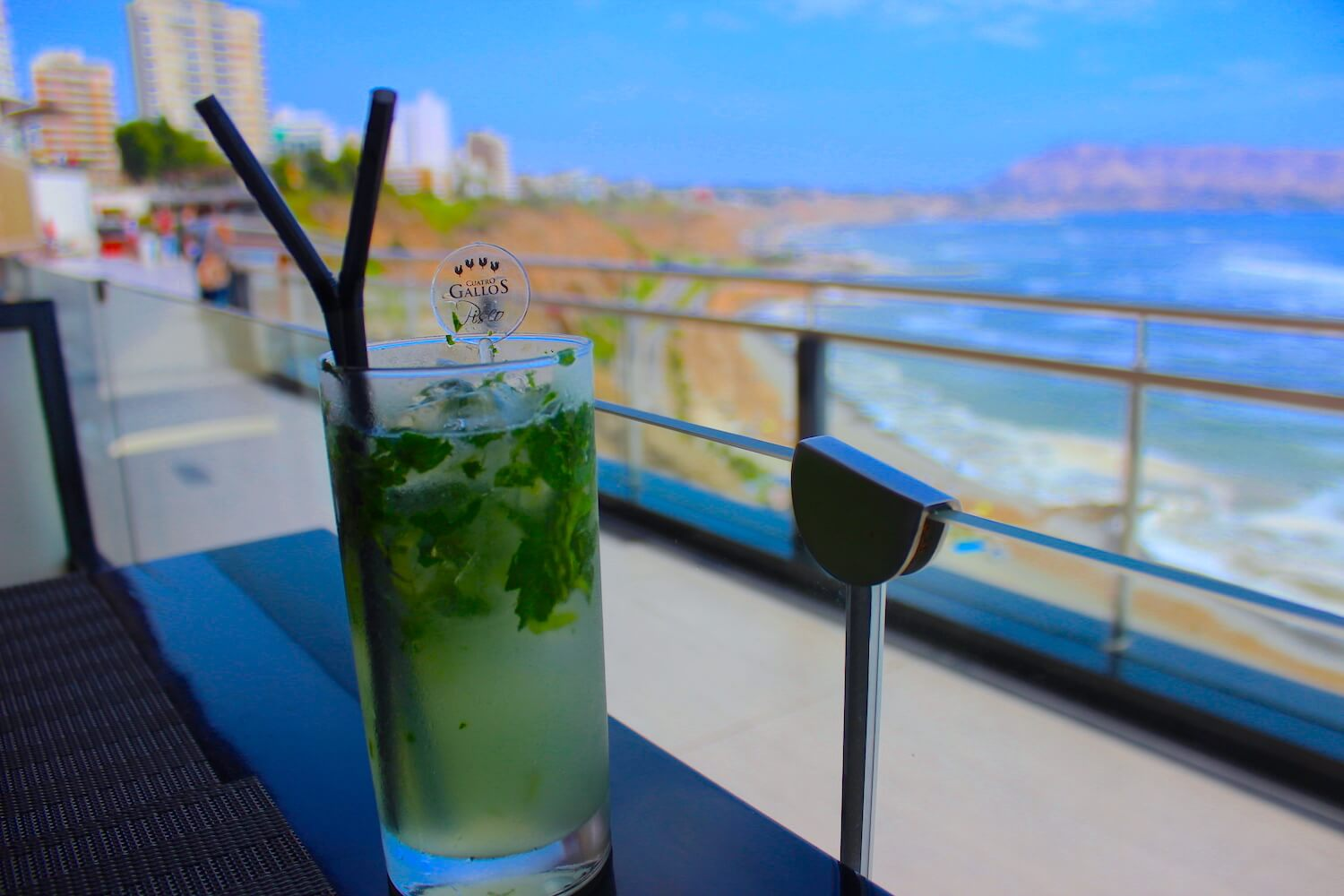 vivaldino mojito and view
