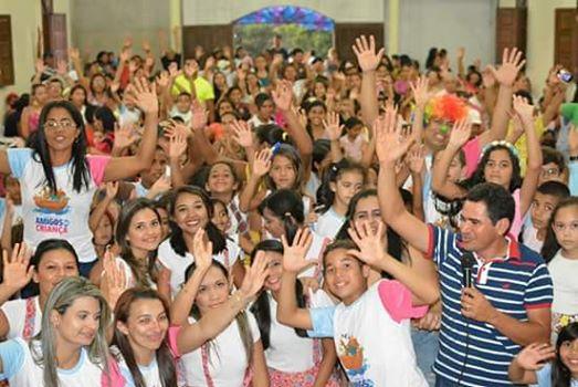 """Hoje no assentamento Marajó,zona rural de João Câmara as 14hrs, A fundação amigo da criança,da Igreja Comunidade Viva,realiza uma grande festa para comemorar """"O dia da Criança""""."""