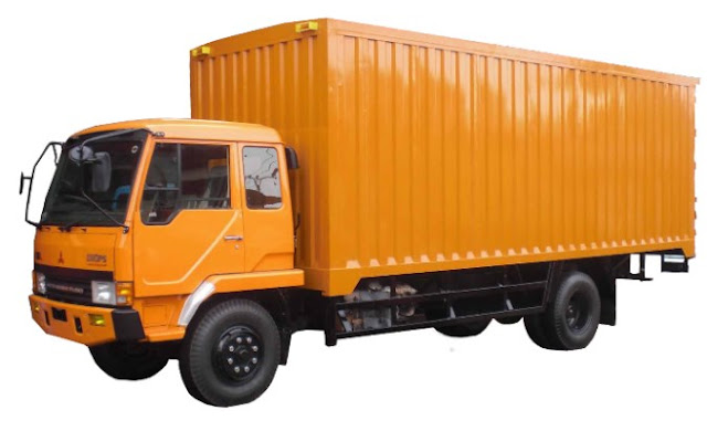 foto truk fuso box panjang warna orange