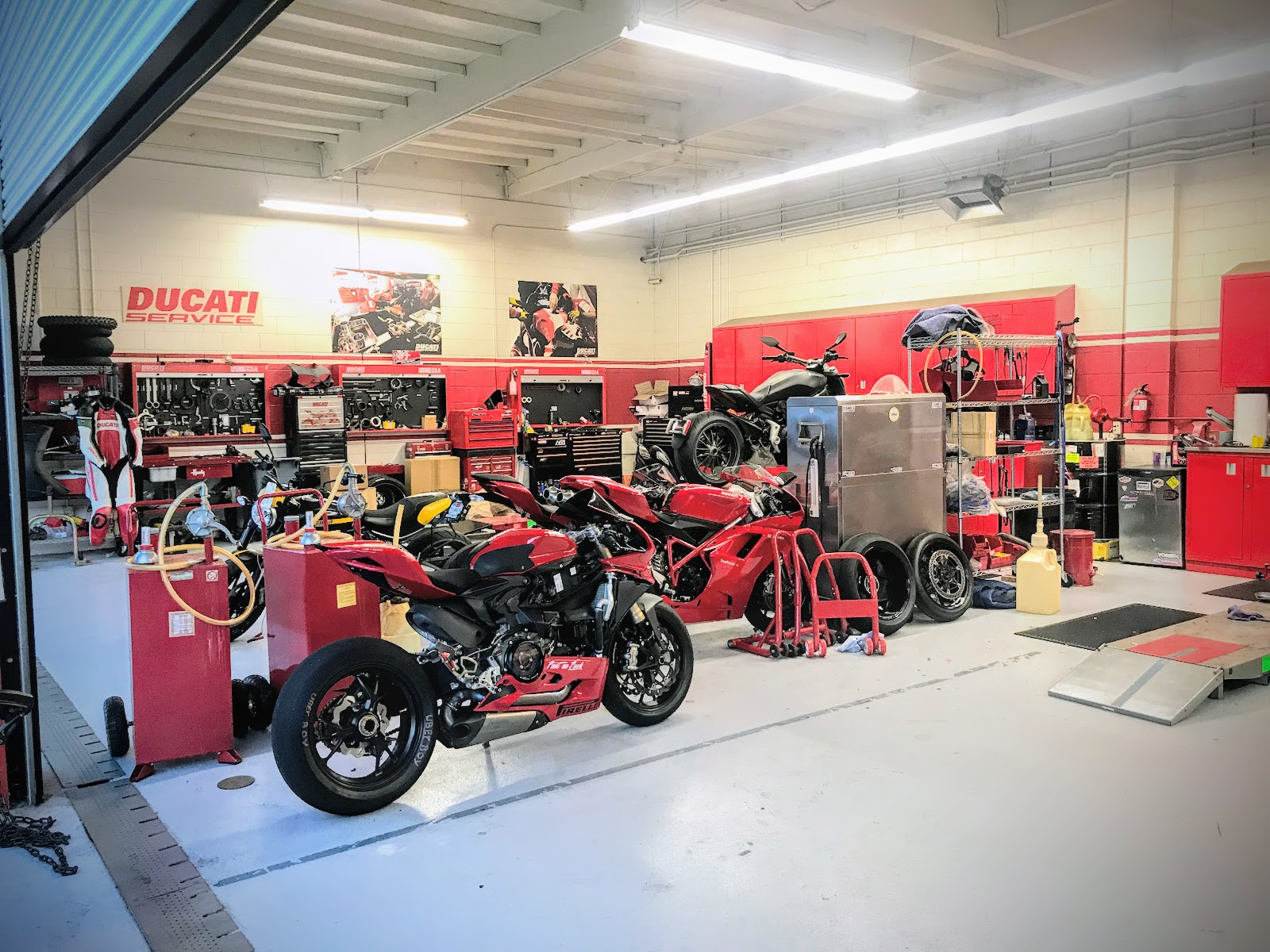 Ducati Travelogue of Tigh Loughhead's Motorcycle Adventures in NYC