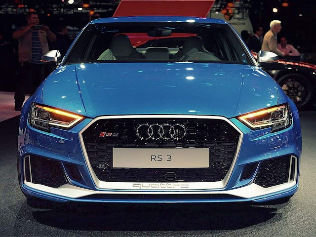 Audi RS3 Sedan Azul Sepang