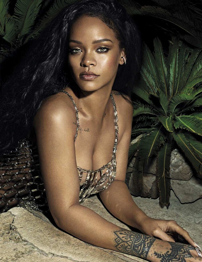 Rihanna appear in Vanity Fair Magazine