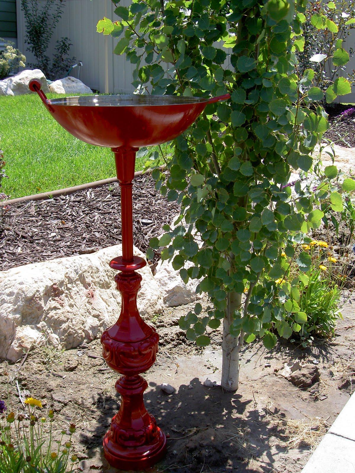 Chapman Place: Lamp Birdbath