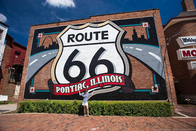 Route 66 Pontiac illinois mural_by_Laurence Norah