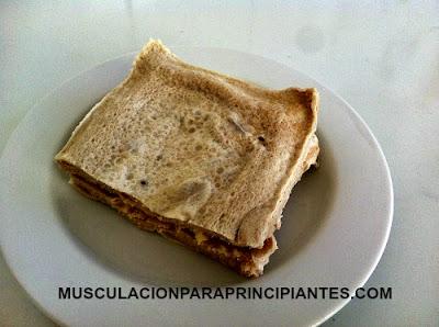foto de un sándwich sin hidratos de carbono