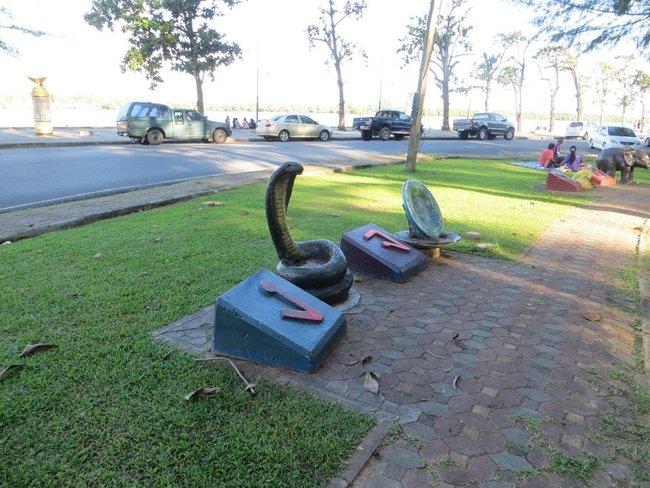 парк в краби таун статуи животных