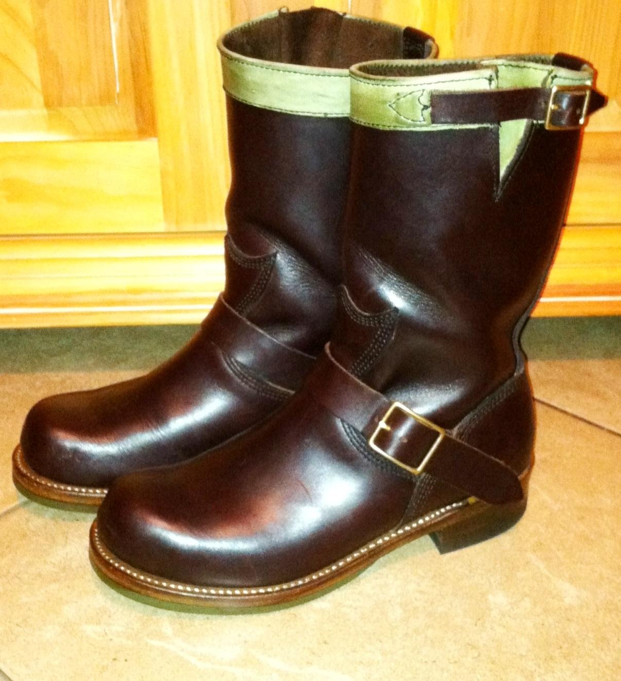 Vintage Engineer Boots Hollywood Trading Company Santa