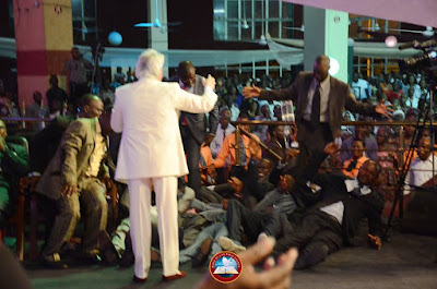 See How Ayo Oritsejafor's Warri Church Members Fell As Pastor Benny Hinn Preached Yesterday