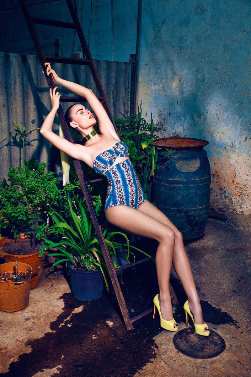 Бикини - Москва: Девушки фото в бикини