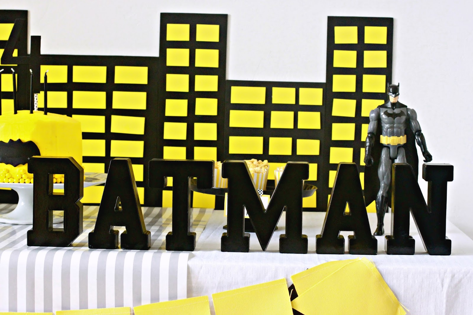 Gmail batman theme - Which Was A Little Funny Considering I Am Not Sure Really How In To Batman He Is No Other Party Theme I Threw At Him Would Do Though So Batman It Was