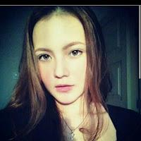 Voke Victoria sebagai Alia Muda di film Mata Batin