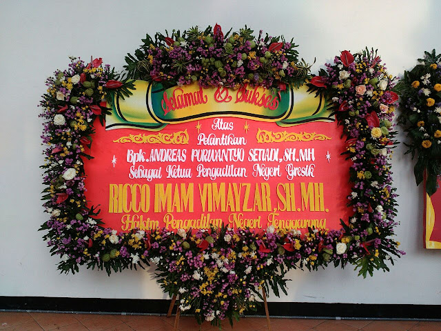 toko bunga papan surabaya, pesan bunga papan surabaya, papan bunga pernikahan surabaya