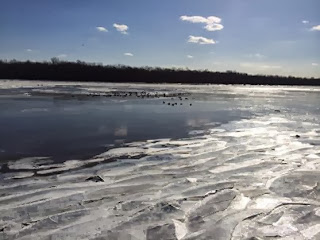 Icy_Delaware_River_at_Pennsbury_Manor