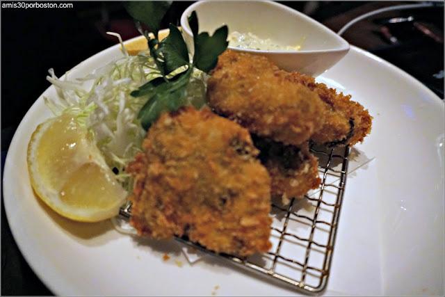 Ryoko's Japanese Restaurant & Bar: Deep Fried Oyster $6.75