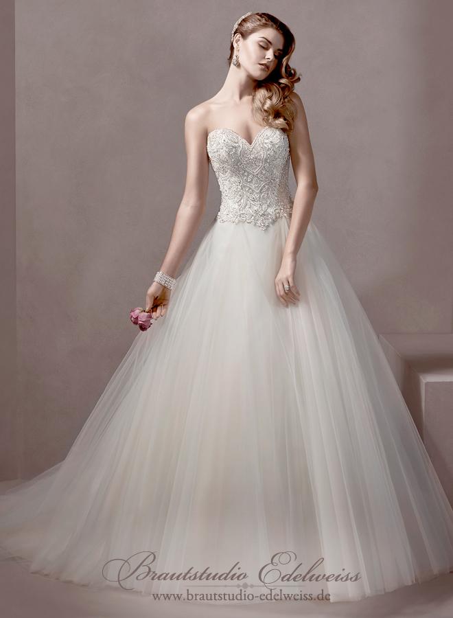 Brautkleid, Hochzeitskleid mit Tüll,  weiter Rock und Glitzer Corsage mit Svarowski.
