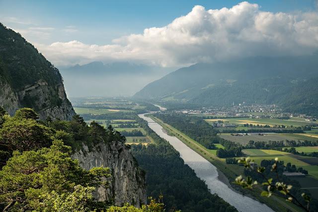 Rund ums Ellhorn  Wanderung Balzers  Fürstentum Liechtenstein 01