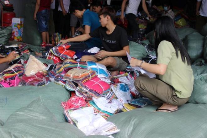 Gia Lai: Hơn 5.000 quần áo giả nhãn hiệu Adidas, Nike, Levi's... bị tịch thu