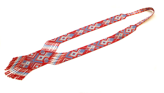 купить яркий гердан из бисера с пересылкой в Москву и по всей России