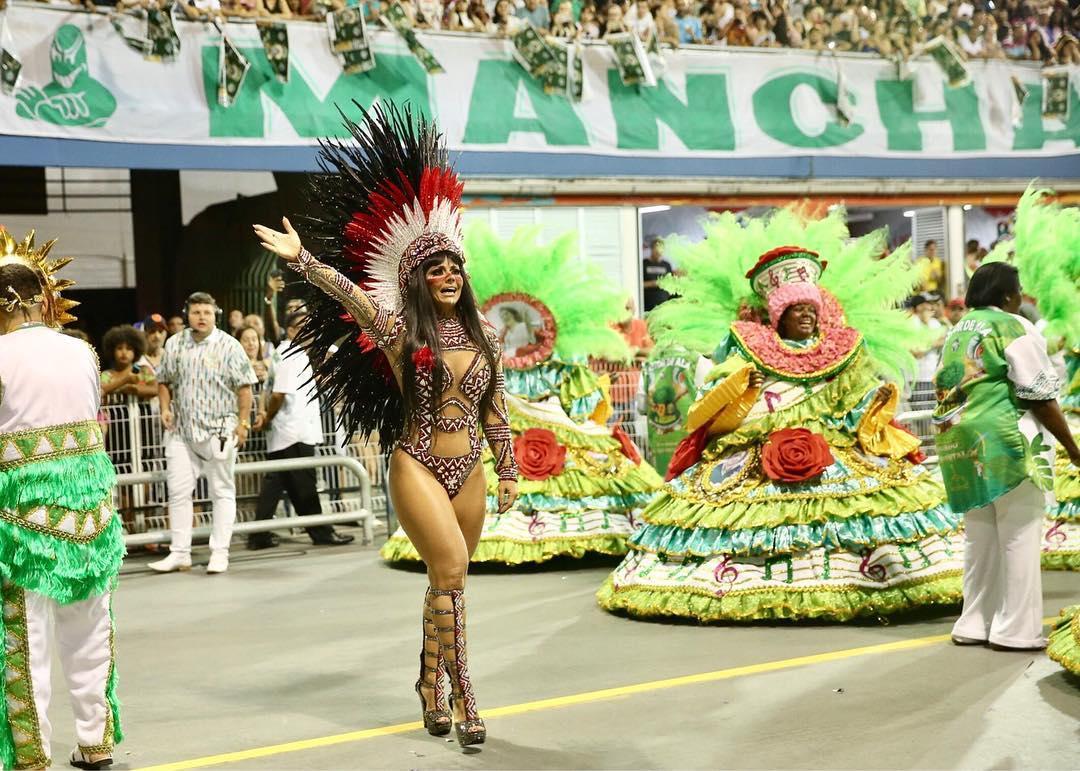 Viviane Araújo desfila no Sambódromo. Foto: Manuela Scarpa/Agência Brazil News