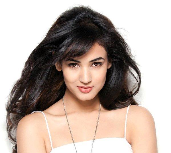Beautiful Indian Actress Pic, Cute Indian Actress Photo, Bollywood Actress Image
