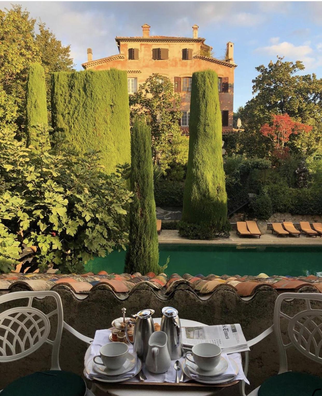 Travel | Weekday Wanderlust: À la Piscine en Provence