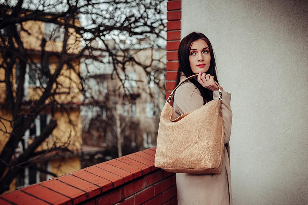 sesja produktowa, torby skórzane, Sagan, fotografia Lublin, Art Residence